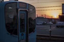 暮待ち電車